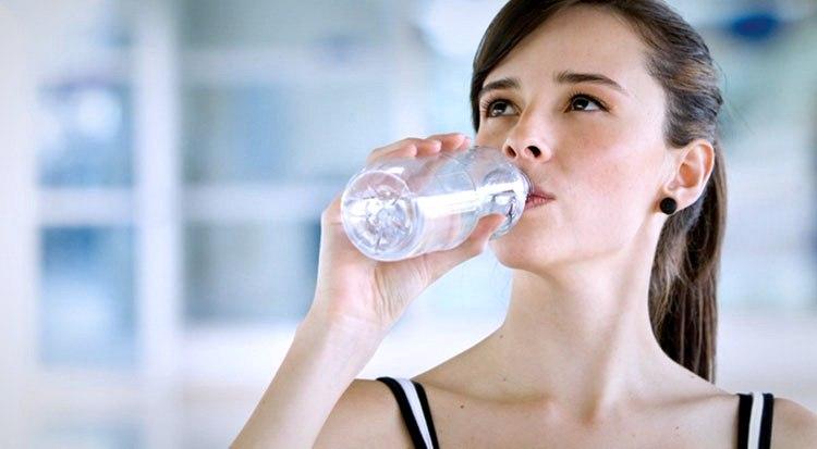 Прием Форсиги должен сопровождаться обильным питьем