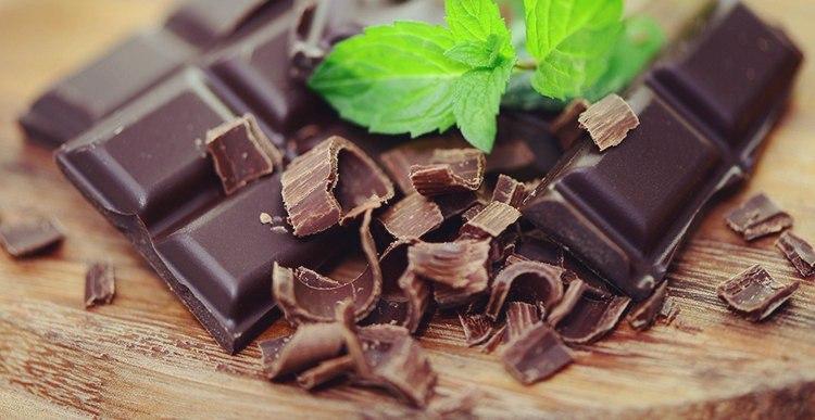 Для купирования гликемии можно съесть шоколад