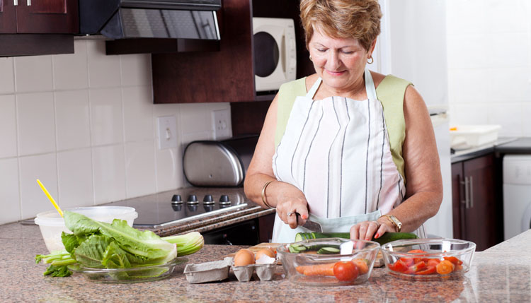В пожилом возрасте необходимо здоровое питание