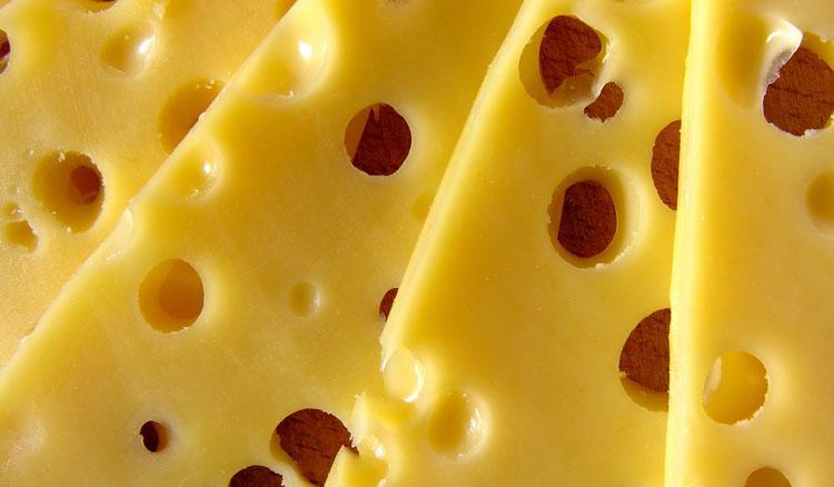 Диабетикам нельзя жирный сыр