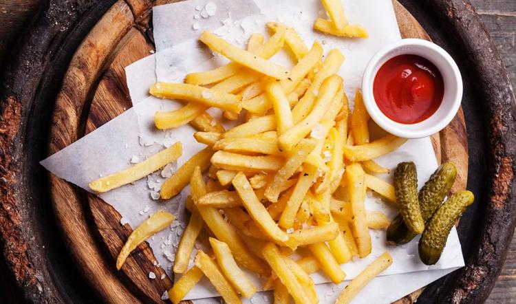 Жареный картофель - высококалорийная пища